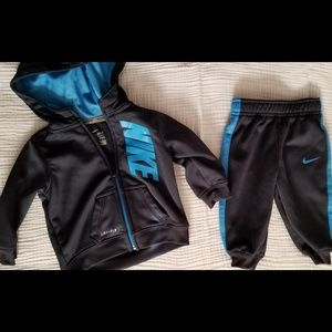 Nike dri-fit set